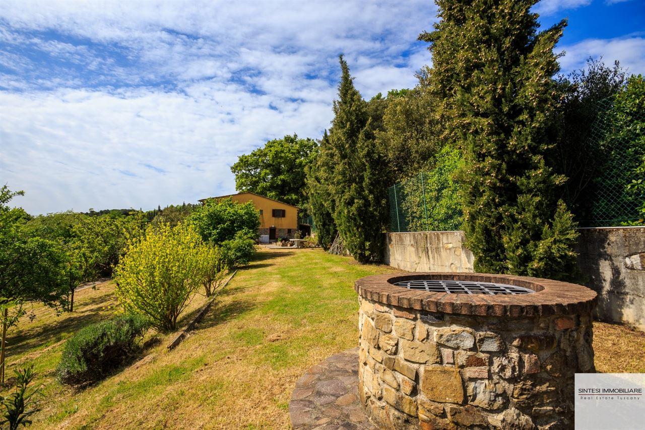 Vendita immobili rustici e casali autentico rustico casolare toscano con vigneto in vendita - Giardino di campagna ...