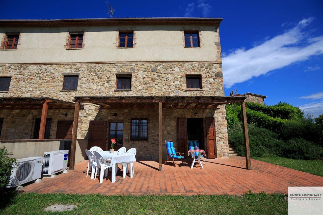Vendita immobili rustici e casali porzione di casale - Casale in toscana ...