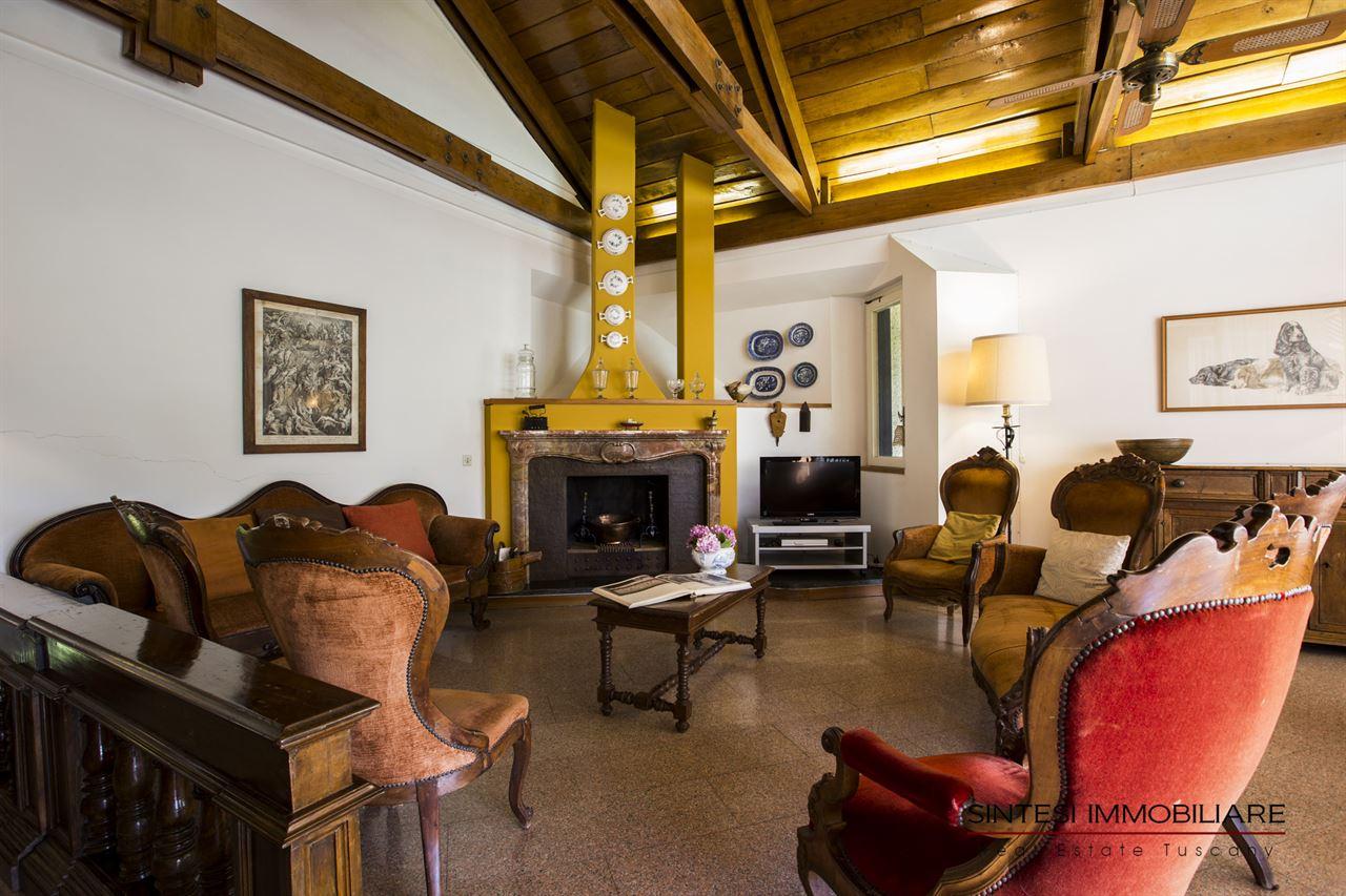 Vendita immobili ville di prestigio lussuosa villa in for Ville lussuose interni