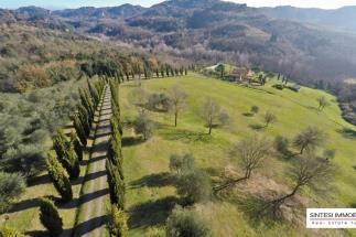 Prestigioso Casale in vendita Palaia-Pisa-Toscana
