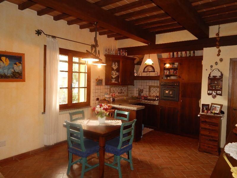 Case Toscane Interni : Vendita immobili case al mare prestigioso casale in vendita sul