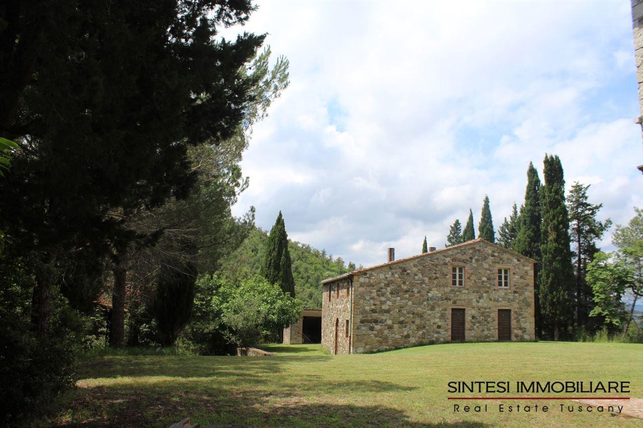 Vendita immobili ville di prestigio tenuta 135 ettari - Casale in toscana ...