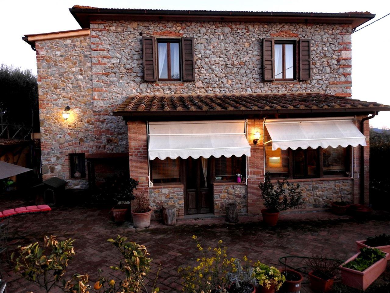 Vendita immobili rustici e casali casale 800 - Casale in toscana ...
