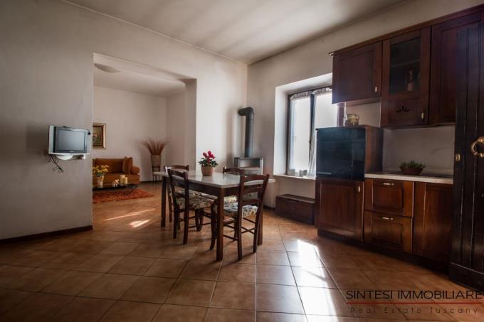 fattoria-14-ettari-morellino-in-vendita-toscana-maremma-scansano