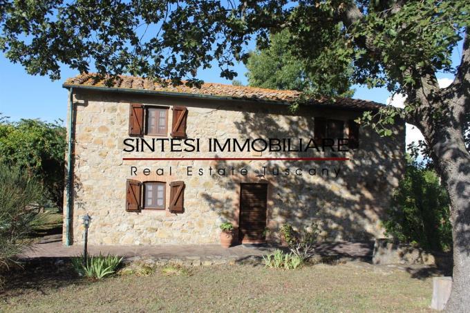 Autentico-rustico-abitazione-tipica-in-vendita-Toscana-Pisa-Volterra