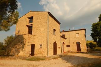 Prestigious 18th villa for sale in Tuscany Volterra