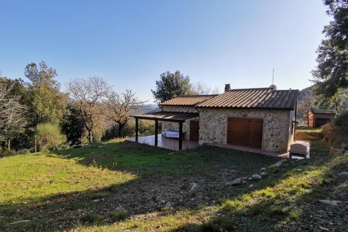 pergola-ex-fienile-finemente-ristrutturato-in-vendita-Toscana-tra-Suvereto-e-Castagneto-Carducci