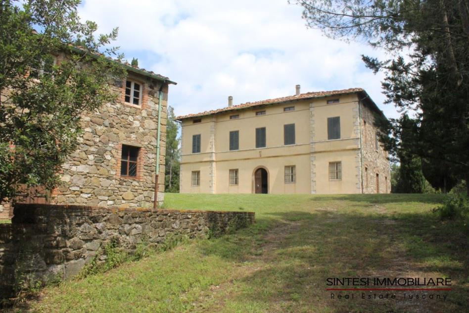 Tenuta-con-villa-d'epoca-e-casale-in-vendita-toscana-Pisa-volterra
