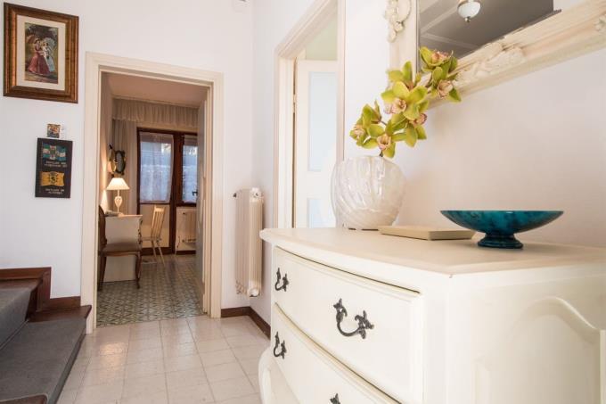 disimpegno-appartamento-esclusivo-in-vendita-toscana-costa-livorno