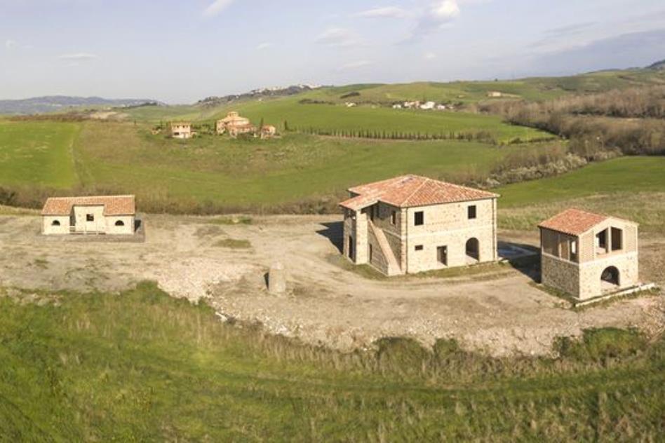 affascinante-borgo-in-parte-ristrutturato-in-vendita-toscana-campagna-volterra