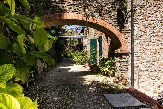 antico-giardino-villa-settecentesca-in-vendita-castagneto-carducci