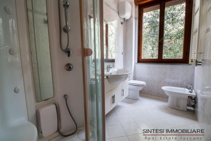 bagno-esclusiva-villa-400-mq-in-vendita-toscana-costa-livorno