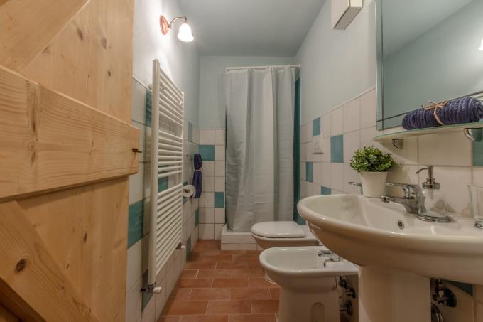 bagno-storica-tenuta-con-piscina-in-vendita-toscana-maremma-volterra