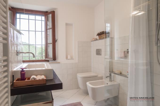 bagno-casale-con-piscina-oliveta-vicino-baratti-sud-toscana-suvereto