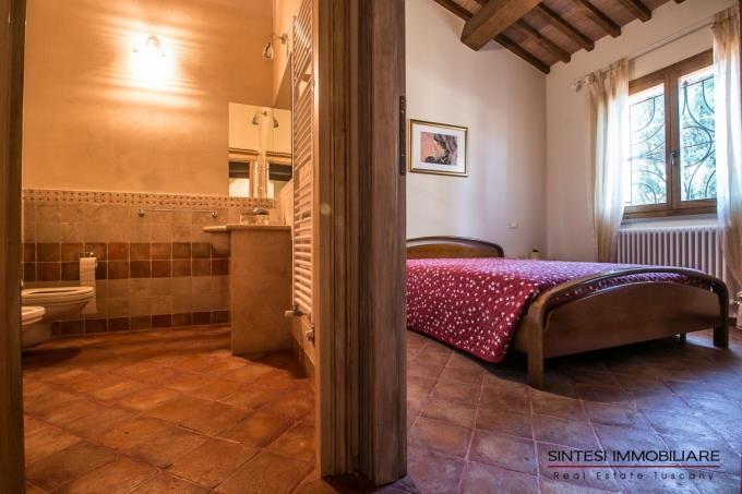 camera-autentica-villa-di-campagna-in-vendita-toscana-livorno-suvereto