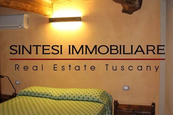 camera-prestigiosa-villa-d'epoca-in-vendita-toscana-massa-marittima