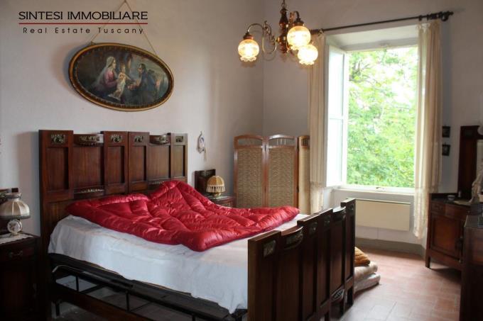 camera-incantevole-villa-storica-in-vendita-toscana-pisa-volterra