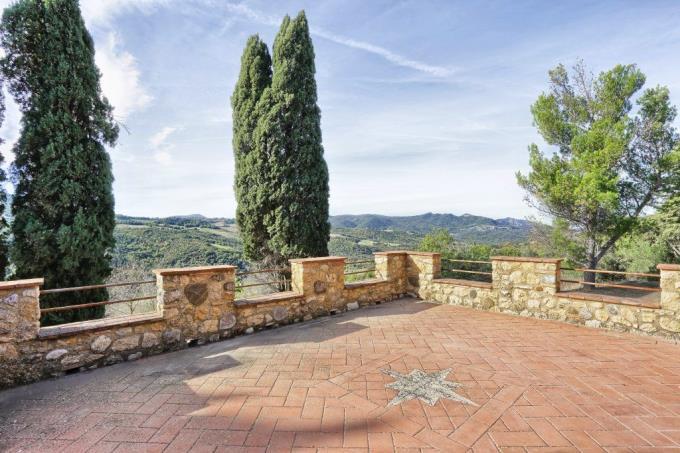 terrazza-panoramica-casale-ristrutturato-in-vendita-toscana-pisa-volterra