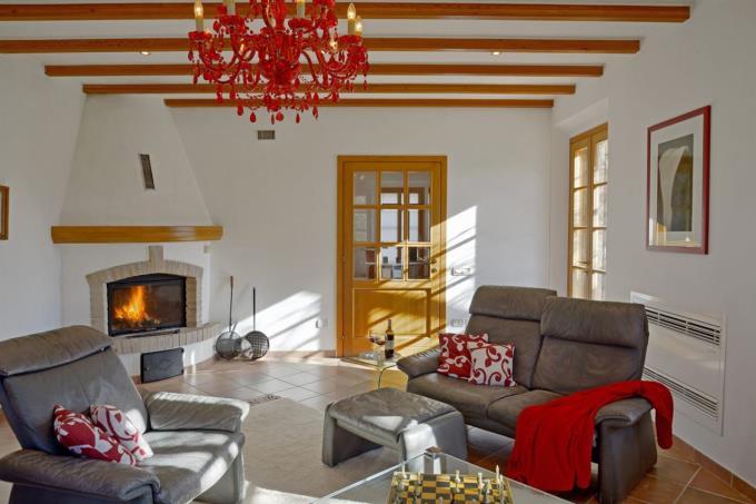 luminosa-sala-casale-di-prestigio-in-vendita-toscana-costa-livorno-bibbona