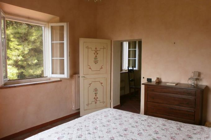 camera-lussuosa-residenza-di-campagna-in-vendita-toscana-pisa-chianni