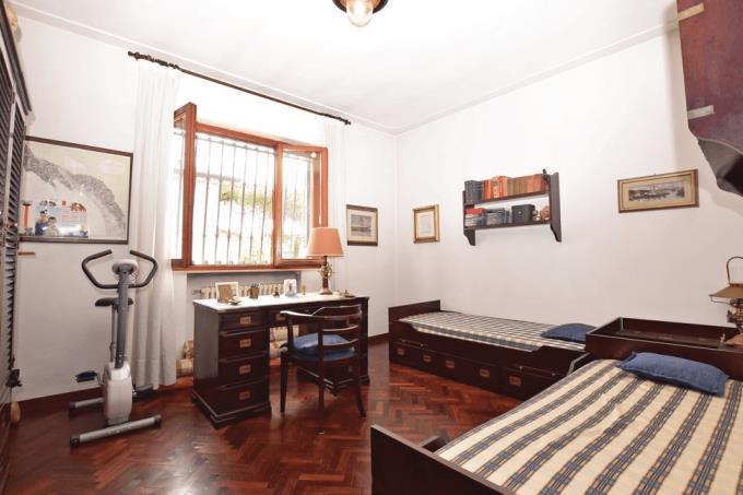 camera-stile-marina-villa-di-prestigio-in-vendita-toscana-lucca-lido-di-camaiore