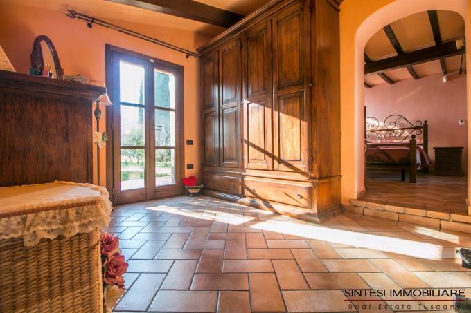 camera-tenuta-con-guesthouse-oliveta-bio-3-camere-in-vendita-toscana-pisa-lari-casciana
