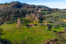casale ristrutturato con vista mozzafiato 2 camere | guesthouse | oliveta Bio | poggio paradiso