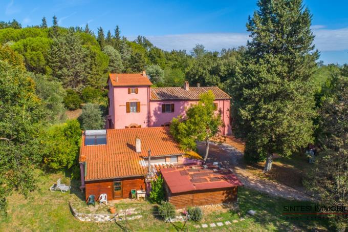 incantevole-villa-storica-con-piscina-in-vendita-toscana-pisa-fauglia