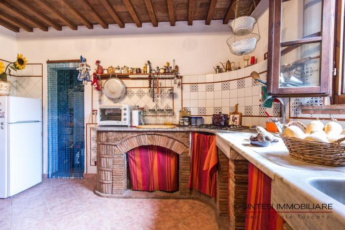cucina-artigianale-casale-in-vendita-toscana-pisa-terricciola