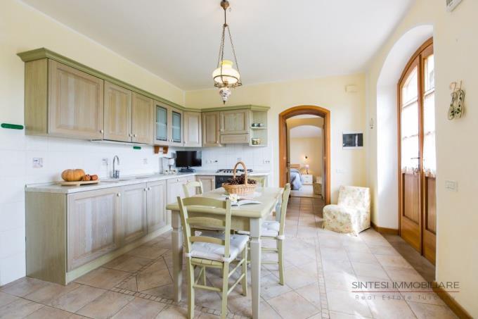 cucina-artigianale-della-villa-vendita-toscana-bolgheri