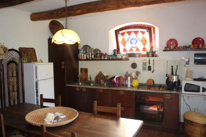 cucina-prestigioso-rustico-vicino-mare-toscana-valdicornia-suvereto