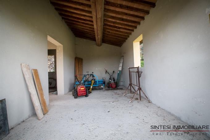 dependance-casale-rustico-in-vendita-in-toscana-pisa