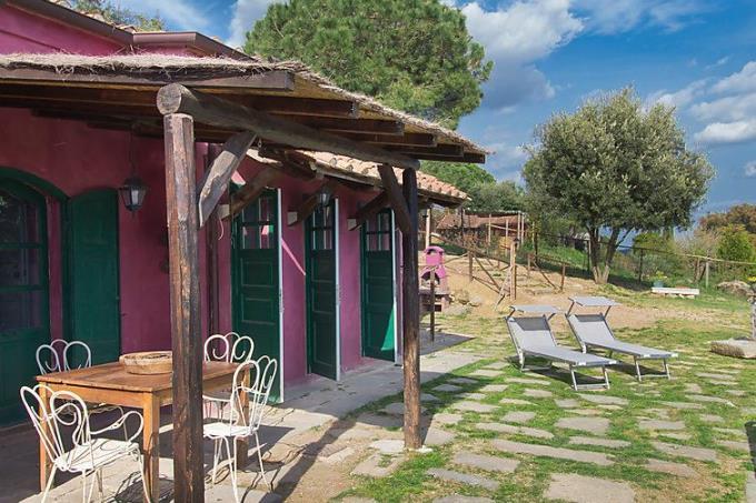 guesthouse-of-fine-19th-sea-farmhouse-for-sale-tuscany-livorno