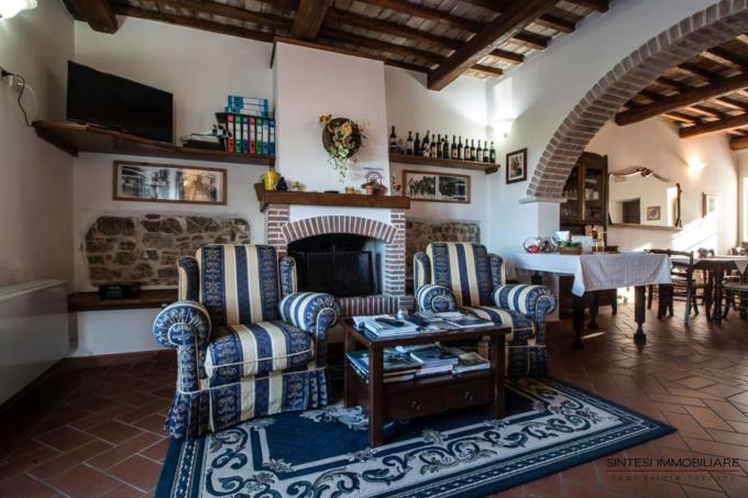 salone-casale-di-prestigio-in-vendita-toscana-grosseto-saturnia