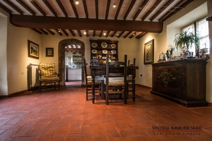 sala-da-pranzo-casale-ristrutturato-vista-in-vendita-toscana-pisa-montecatini-val-di-cecina