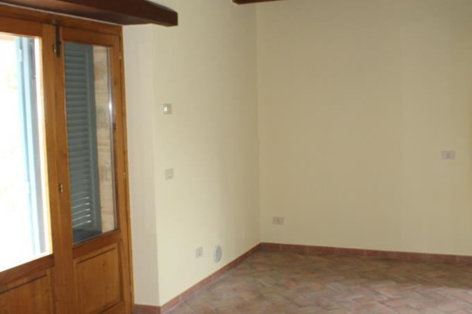 soggiorno-casale-ristrutturato-vicino-alle-terme-in-vendita-toscana-maremma-saturnia