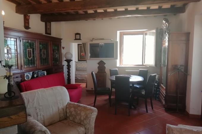 soggiorno-esclusivo-rustico-con-vista-mare-in-vendita-toscana-maremma-saturnia