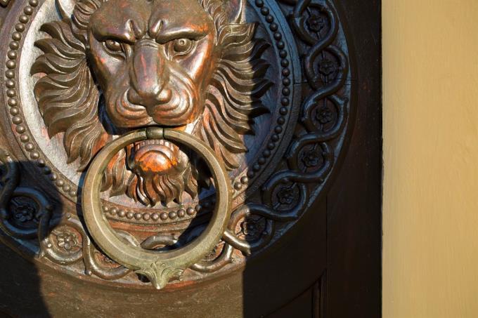 originale-portale-ingresso-villa-di prestigio-in-vendita-umbria-spoleto
