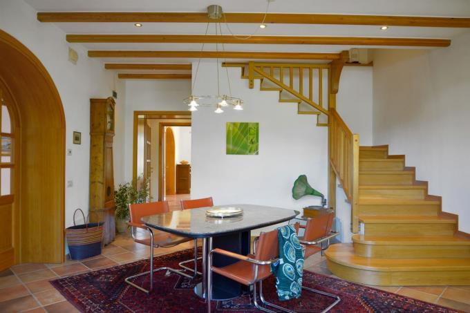 living-ingresso-casale-lusso-vicino-mare-toscana-livorno-bibbona