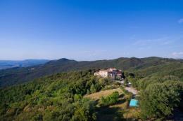 Prestigioso castello eremo del 1100 con vista mare in vendita in toscana a Volterra