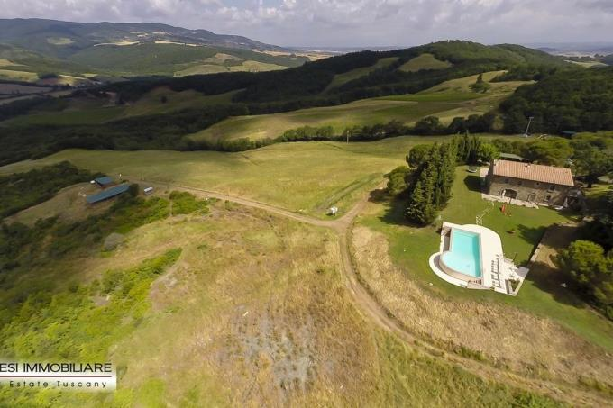 esclusiva-fattoria-246-ettari-con-villa-antica-in-vendita-toscana-pisa-volterra