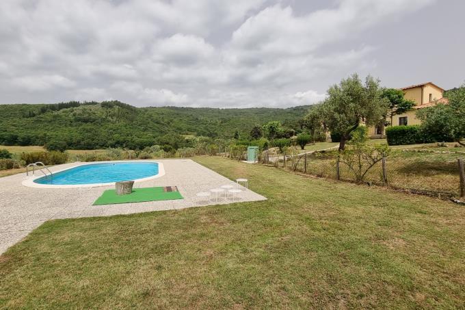 esclusiva-villa-con-piscina-sei-camere-vicino-mare-in-vendita-toscana-maremma-suvereto