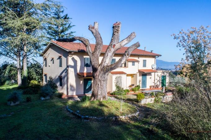 esclusiva-villa-di-campagna-in-vendita-toscana-pisa-crespina