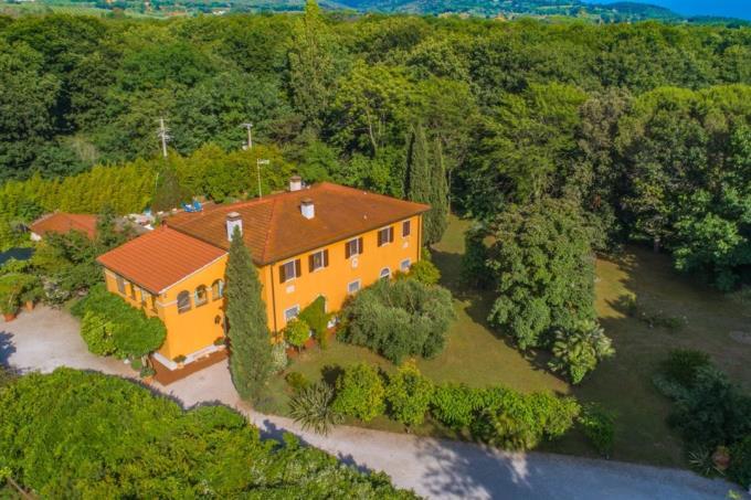 prestigiosa-residenza-ottocentesca-in-vendita-toscana-livorno-san-vincenzo