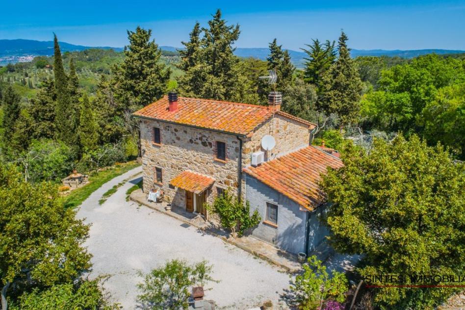 esclusivo-casale-con-guesthouse-in-vendita-toscana-livorno-suvereto