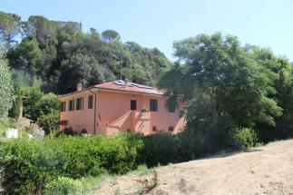 Prestigious Tuscan Farmhouse restored with land for sale in Tuscany | Pisa | Lari