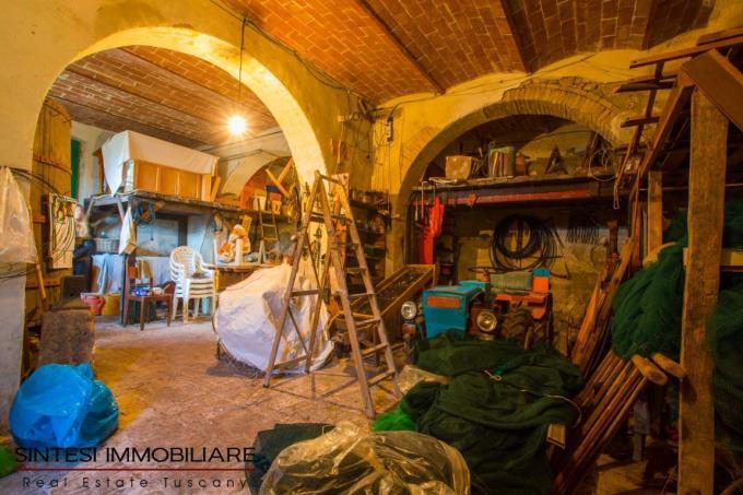 ex-scuderia-villa-antica-in-vendita-toscana-pisa-santa-luce