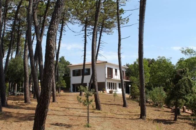 esclusiva-villa-in-vendita-toscana-quercianella-livorno-mare