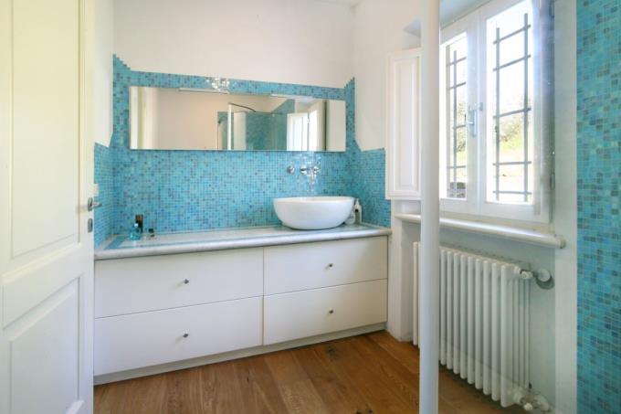 bagno-rustico-vista-mare-in-vendita-toscana-versilia-forte-dei-marmi