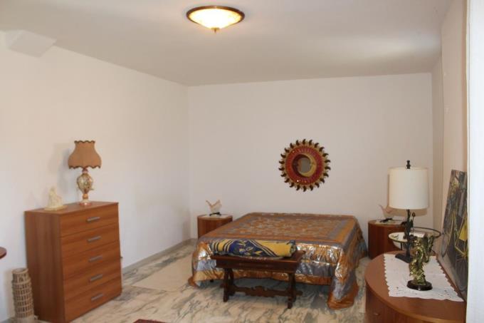 raffinata-camera-del-casale-ottocentesco-vendita-lajatico